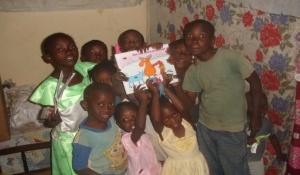 Tumaini Kinder nach der Samstag-Schule